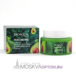 Питательный крем BioAqua Niacinome с текстурой спелого авокадо